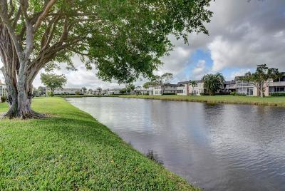 Delray Beach Single Family Home For Sale: 205 Valencia I