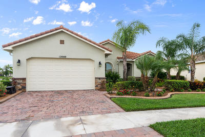 Port Saint Lucie Single Family Home For Sale: 12069 SW Bayberry Avenue