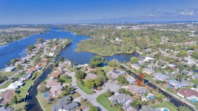 Lake Worth, Lakeworth Single Family Home For Sale: 6836 Bayshore Drive