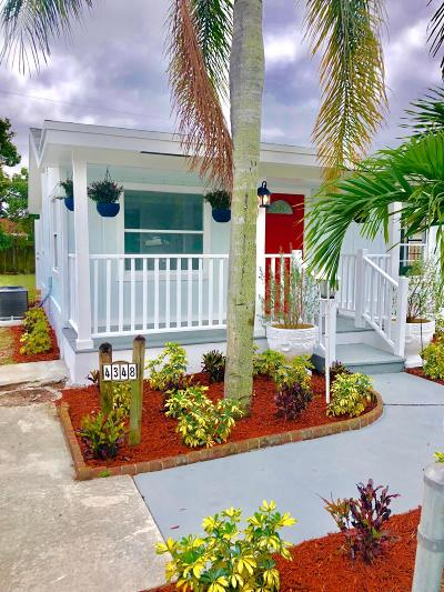 Lake Worth Single Family Home For Sale: 4348 Clinton Boulevard