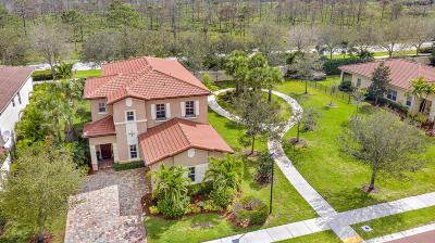 Jupiter Single Family Home For Sale: 139 Porgee Rock Place
