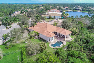 Hobe Sound Single Family Home For Sale: 9540 SE Sandpine Lane