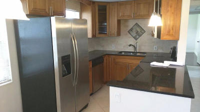 Boca Raton FL Condo For Sale: $94,999