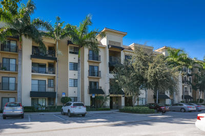 Palm Beach Gardens Condo For Sale: 4905 Midtown Lane #2204