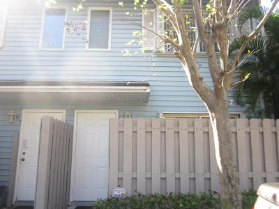 Pompano Beach Townhouse Contingent: 69 SW 3rd Street