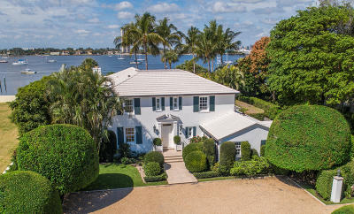 Palm Beach Single Family Home For Sale: 1284 Lake Way
