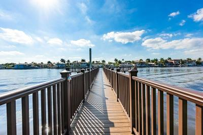 Highland Beach Townhouse For Sale: 3596 S Ocean Boulevard #102