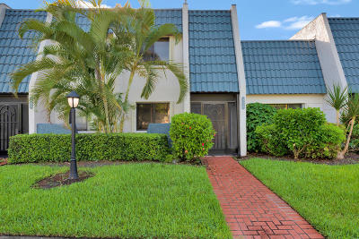 Lake Worth Townhouse For Sale: 4310 Fountains Drive #4310