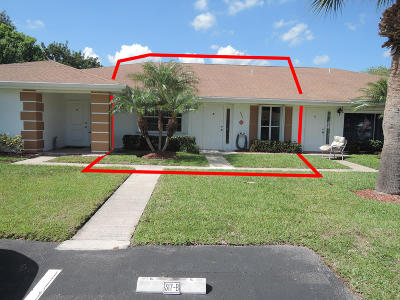 Fort Pierce Condo For Sale: 317 Colony Lane #Apt B