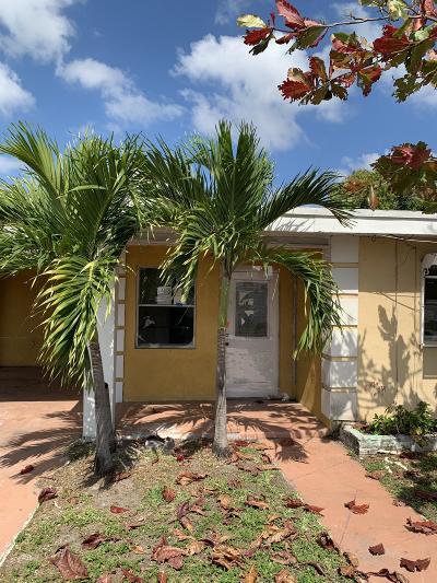 boynton beach Single Family Home For Sale: 239 NE 13th Avenue