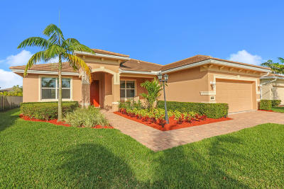 Jensen Beach Single Family Home For Sale: 480 NW Windflower Terrace