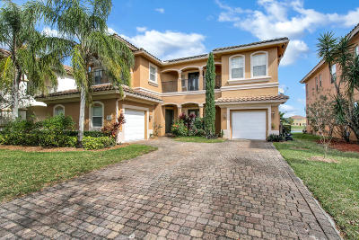 West Palm Beach Single Family Home For Sale: 724 Cresta Circle
