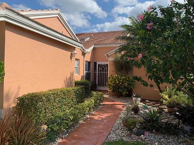 Boynton Beach Single Family Home For Sale: 5779 Royal Lake Circle