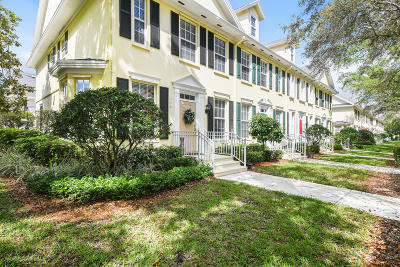 Jupiter Townhouse For Sale: 146 Day Lily Drive