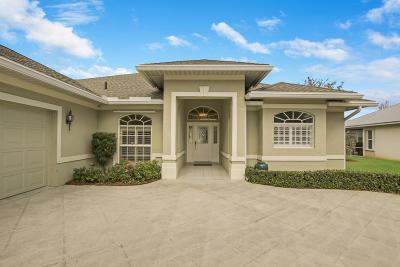 Palm City Single Family Home Contingent: 4445 SW Oakhaven Lane