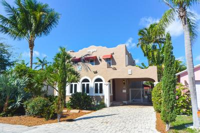 Lake Worth Single Family Home For Sale: 1121 Lakeside Drive