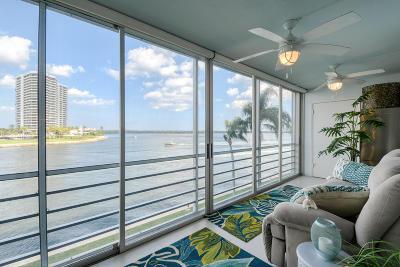North Palm Beach Condo For Sale: 44 Yacht Club Drive #308