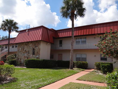 Royal Palm Beach Condo Contingent: 12021 Greenway Drive S #105