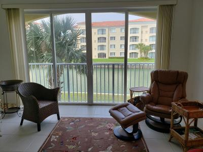 Fort Pierce Condo For Sale: 19 Harbour Isle Drive W #204