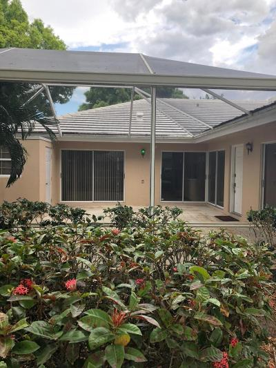Palm Beach Gardens Townhouse For Sale: 1104 Sun Terrace Court