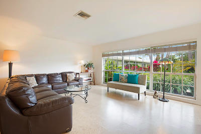 Delray Beach Single Family Home For Sale: 406 Venetian Drive