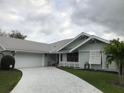 Hobe Sound Single Family Home For Sale: 10717 SE SEaspray Court
