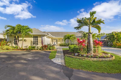 Tequesta Single Family Home For Sale: 350 Country Club Drive