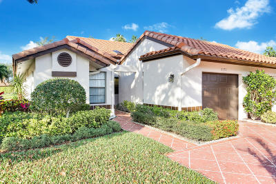 Delray Beach Single Family Home For Sale: 6370 Royal Manor Circle