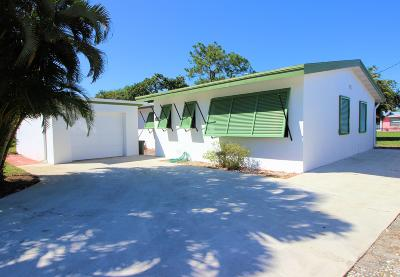 North Palm Beach Single Family Home For Sale: 836 Buttonwood Road
