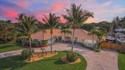 Tequesta Single Family Home For Sale: 96 Fairview W