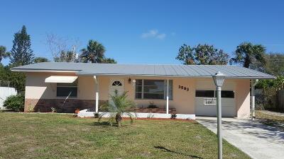 Jensen Beach Single Family Home For Sale: 3593 NE Sandra Drive