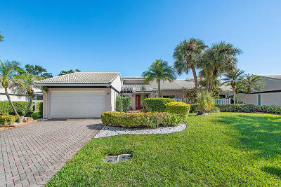 Boynton Beach Single Family Home For Sale: 15 Villa Lane