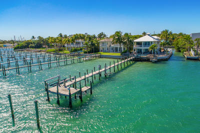 Tequesta Single Family Home For Sale: 18805 SE Federal Highway
