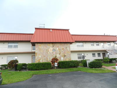Royal Palm Beach Condo For Sale: 12020 W Greenway Drive #205