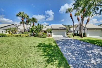 Boynton Beach Single Family Home For Sale: 29 Clubhouse Lane