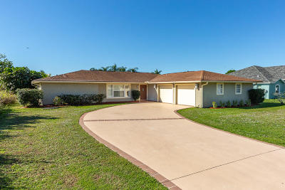 Port Saint Lucie Single Family Home For Sale: 602 SE SEahouse Drive