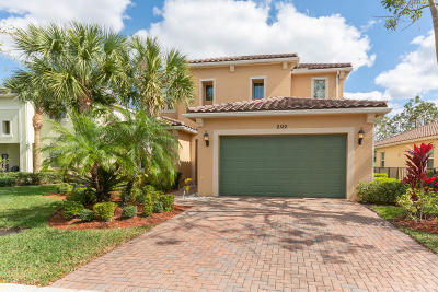 Royal Palm Beach Single Family Home For Sale: 2122 Belcara Court