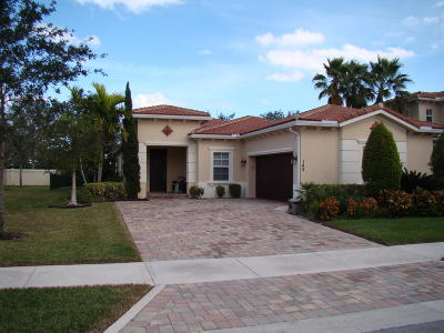 Jupiter Single Family Home For Sale: 145 Porgee Rock Place