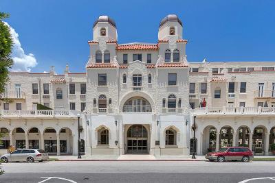 Palm Beach Condo For Sale: 235 Sunrise Avenue #3238