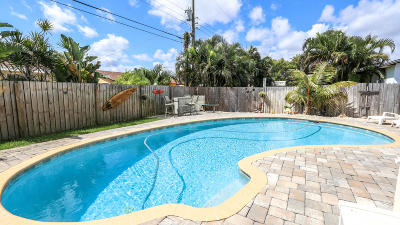 Lantana Single Family Home For Sale: 2842 Somerset Road