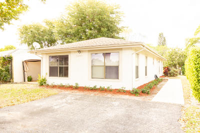 Lake Worth Single Family Home For Sale: 7497 Ace Road E