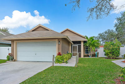 Jupiter Single Family Home For Sale: 121 Pennock Landing Circle