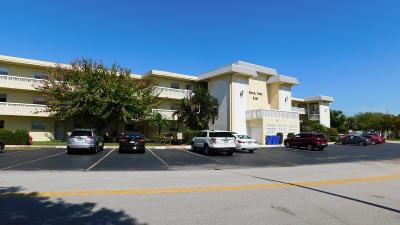 Vero Beach Condo Contingent: 1100 Ponce De Leon Circle #302