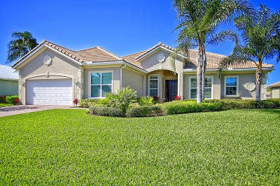 Hobe Sound Single Family Home For Sale: 7901 SE Osprey Street