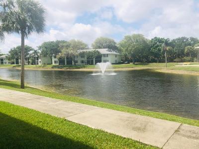 Palm Beach Gardens Condo For Sale: 301 Sabal Ridge Circle #D
