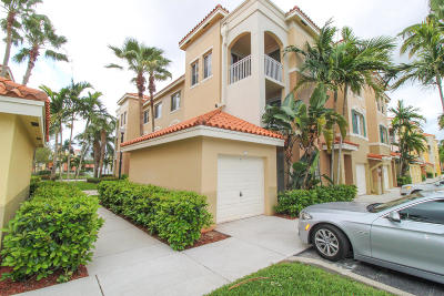 Palm Beach Gardens Condo For Sale: 11029 Legacy Boulevard #304