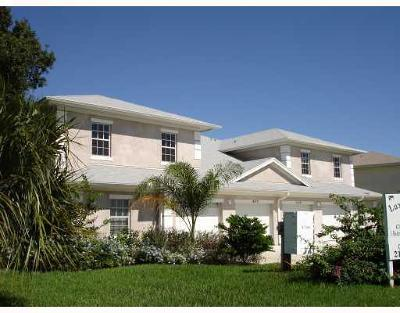 Fort Pierce Condo For Sale: 4127 Gator Trace Road #4127