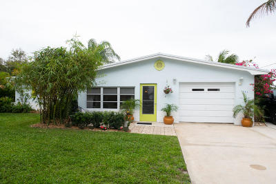 Jensen Beach Single Family Home For Sale: 1482 NE South Street