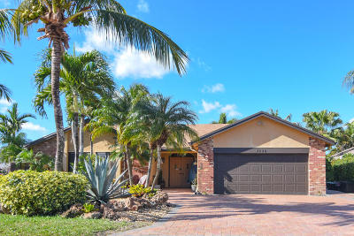 Coral Springs Single Family Home For Sale: 4320 NW 112 Avenue