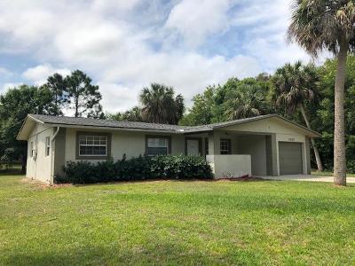 Fort Pierce Single Family Home For Sale: 7407 Sebastian Road